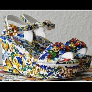GORGEOUS Dolce & Gabbana Platform Wedges Brand New